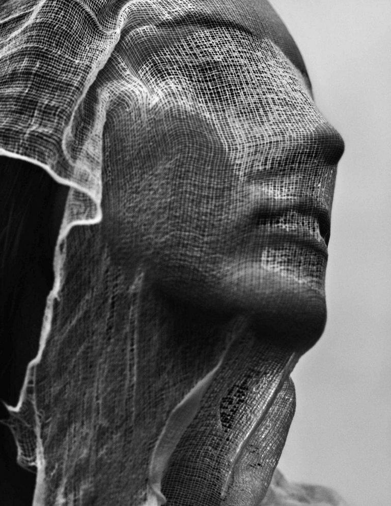 Julia-Bergshoeff-En-Tierra-Hostil-by-Txema-Yeste-Vogue-Spain-June-2018-14